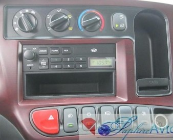 Hyundai HD 78 , 2014 год . Бортовой с тентом  .